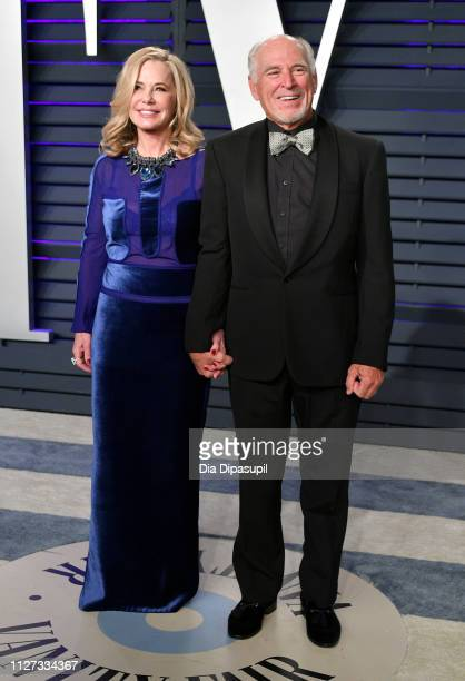 Jane Slagsvol and Jimmy Buffett attend the 2019 Vanity Fair Oscar Party hosted by Radhika Jones at Wallis Annenberg Center for the Performing Arts on...