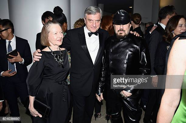 Jane Trapnell, Sidney Toledano and Peter Marino attend the 2016 Guggenheim International Gala Made Possible By Dior at Solomon R. Guggenheim Museum...