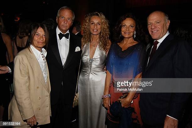 Jane Wenner Jim Abernathy Ann Dexter Jones Diane von Furstenberg and Barry Diller attend Caron Foundation's 10th Annual New York City Gala at Ciprani...