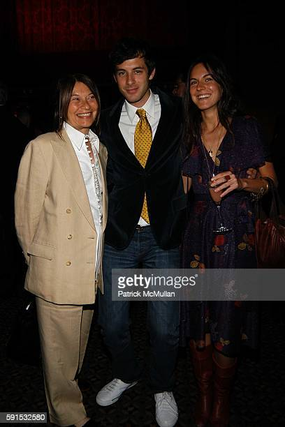 Jane Wenner Mark Ronson and Casi TheodoliBraschi attend Caron Foundation's 10th Annual New York City Gala at Ciprani on June 8 2005 in New York City