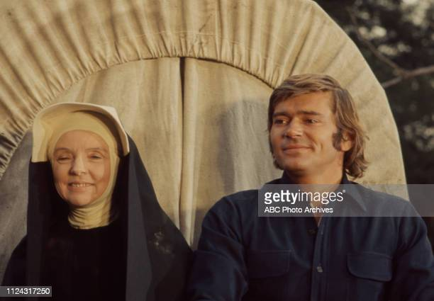 Jane Wyatt Pete Duel appearing in the Walt Disney Television via Getty Images series 'Alias Smith and Jones' episode 'The Reformation of Harry...
