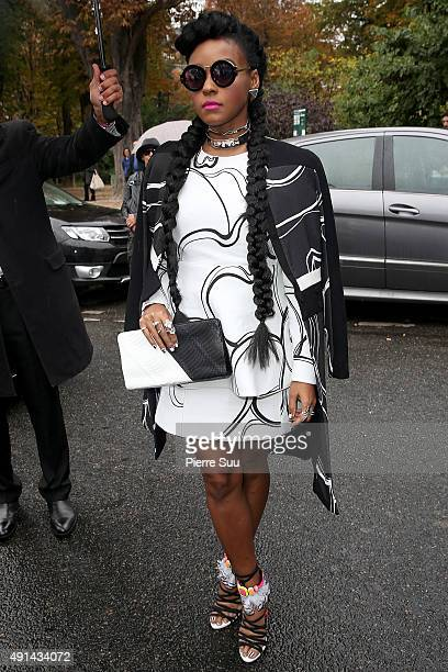 Janelle Monae arrives at the Giambattista Valli show as part of the Paris Fashion Week Womenswear Spring/Summer 2016 on October 5 2015 in Paris France