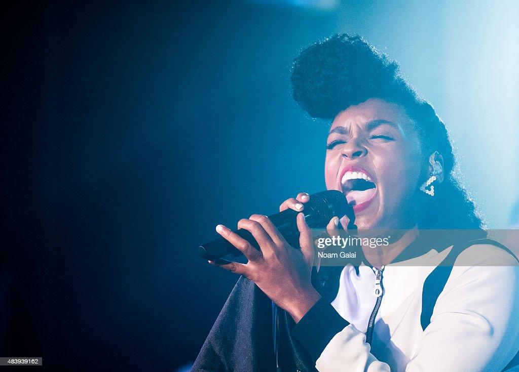 Janelle Monae In Concert - New York, New York : News Photo