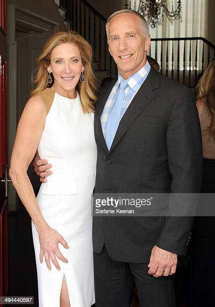 Janet Crown and Steve Robinson attend Annual PS ARTS Bag Lunch on May 29 2014 in Los Angeles California