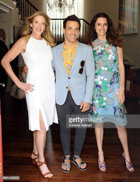 Janet Crown George Kotsiopoulos and Elizabeth Stewart attend Annual PS ARTS Bag Lunch on May 29 2014 in Los Angeles California
