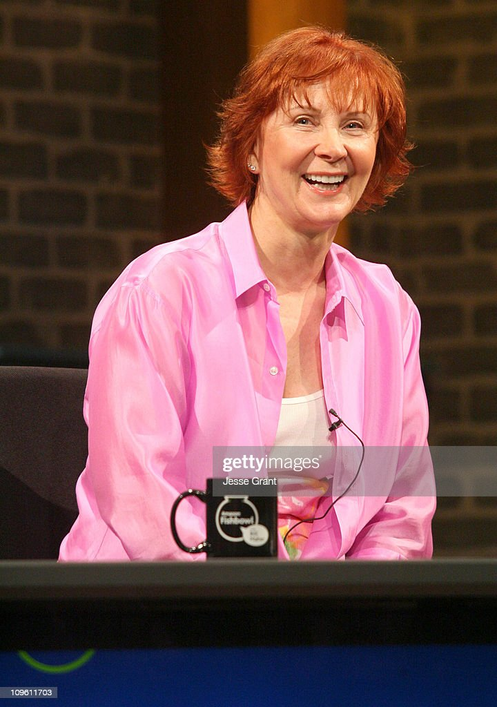"Amazon.com ""Fishbowl with Bill Maher"" - June 22, 2006 : News Photo"