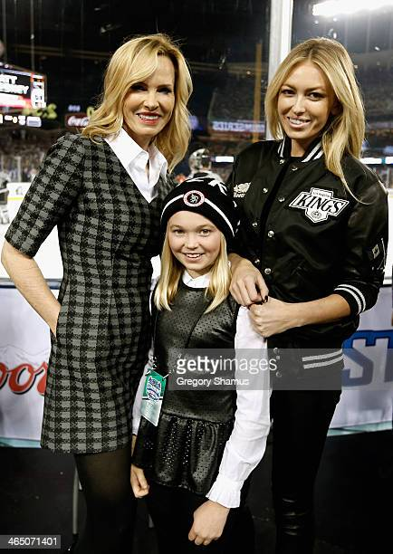 Janet Gretzky Emma Gretzky and Paulina Gretzky attend the 2014 Coors Light NHL Stadium Series between the Los Angeles Kings and the Anaheim Ducks at...