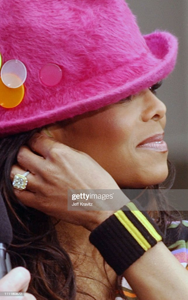 Janet Jackson And Her New Engagement Ring During Janet Jackson Performs On  Air With Ryan Seacrest