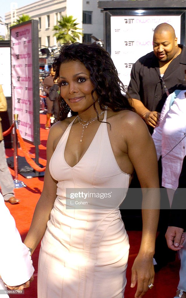 4th Annual BET Awards - Red Carpet