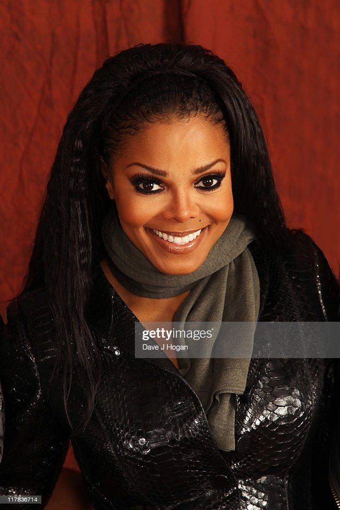 Janet Jackson meets JLS