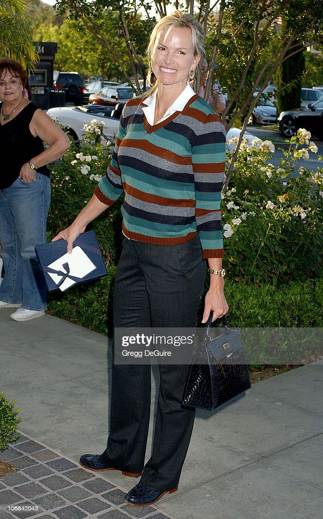 """Lisa Rinna and Harry Hamlin Celebrate the Opening of the Second """"belle gray"""""""