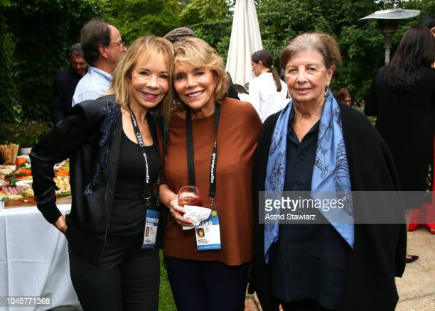 Janet O'Brien Judy Licht and Nan Bush attend the Reception for Alan Alda at Baker House on October 4 2018 in East Hampton New York