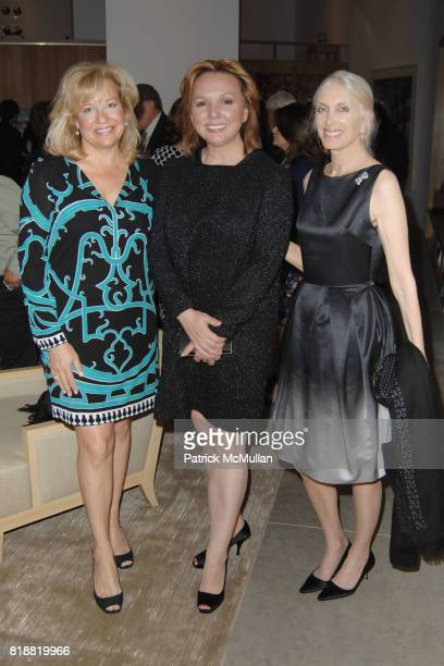 Janet Rozell Julie Opperman and Barbara Guggenheim attend The 25th Annual LACMA Collectors Committee Weekend An Intimate Dinner at the Home of...