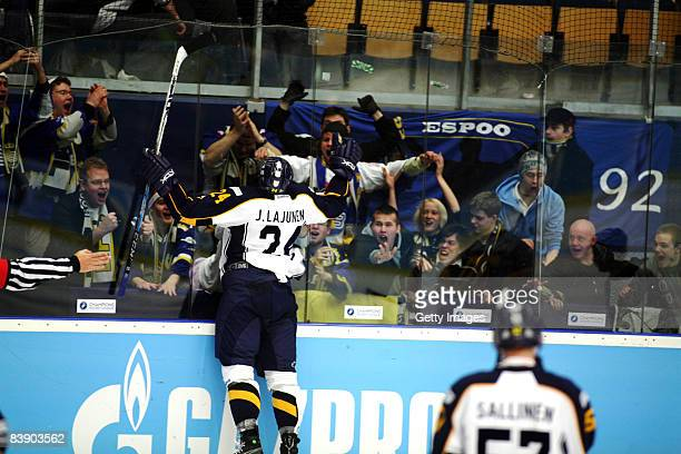 Jani Lajunen celebrates the victory with the fans of Espoo Blues during the IIHF Champions Hockey League match between HV 71 Joenkoeping and Espoo...