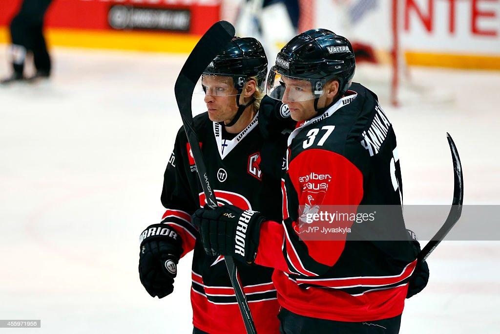 JYP Jyvaskyla v HV71 Jonkoping - Champions Hockey League : News Photo