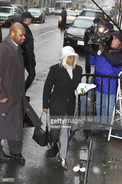 Janice Combs the mother of Sean Puffy Combs arrives at Manhattan Supreme court March 2 2001 in New York City Combs and bodyguard Anthony ``Wolf''''...
