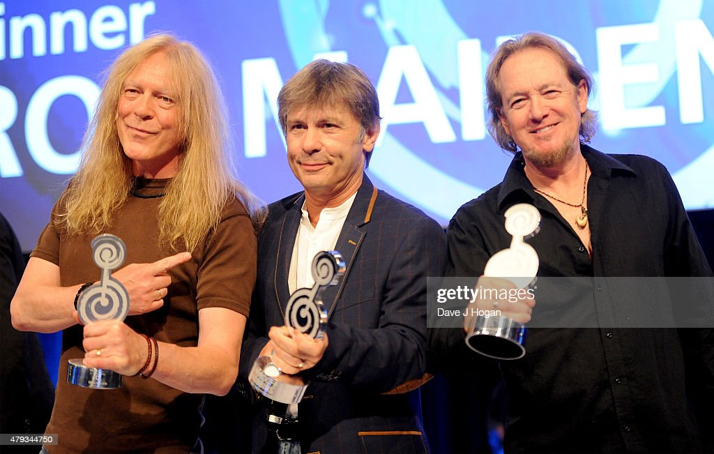 janick gers bruce dickerson and adrian smith from iron maiden with their o2 silver clef - Silver Hotel 2015