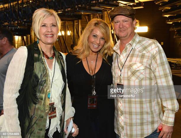 Janie Frickie Lisa Matassa and Tracy Lawrence pose backstage during rehearsals of Playin' Possum The Final No Show Tribute To George Jones at...