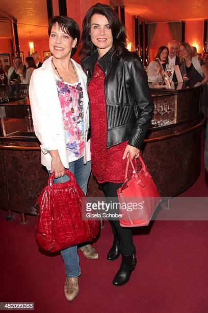 Janina Hartwig, Nicola Tiggeler attend the 'Othello Darf Nicht Platzen' premiere at Komoedie im Bayerischen Hof on April 2, 2014 in Munich, Germany.