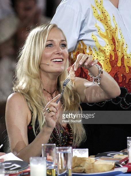 Janine Kunze SAT1Show Das große PromiGrillen Gerry WeberStadion Halle/Westfalen NordrheinWestfalen Deutschland Europa Schauspielerin Comedian Promi...