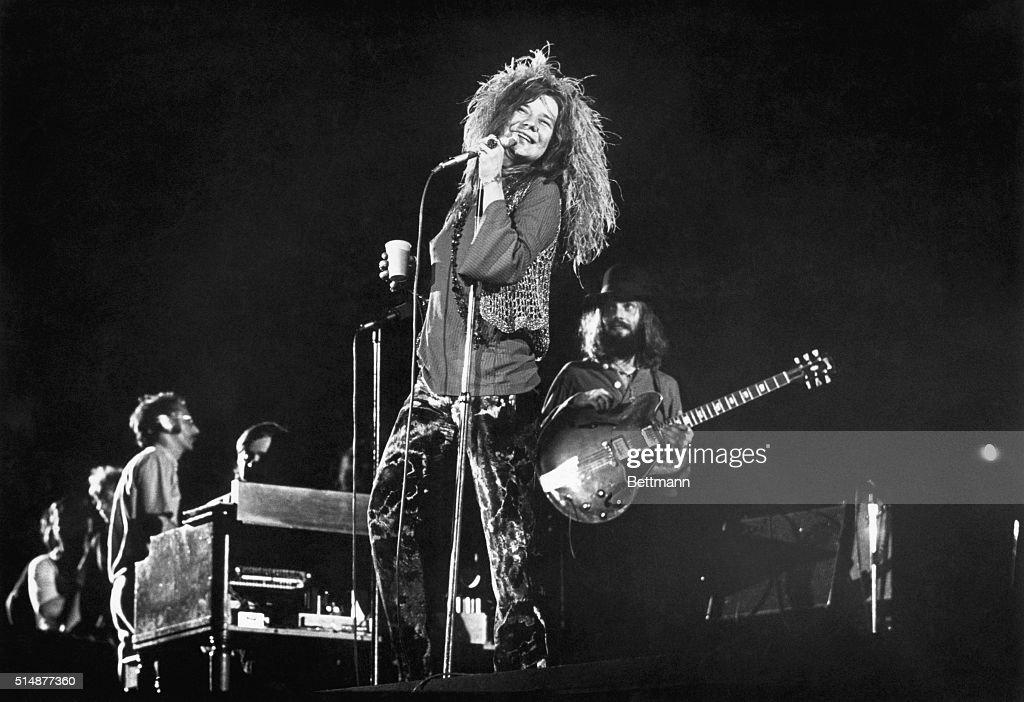 Janis Joplin Performing in Concert : ニュース写真