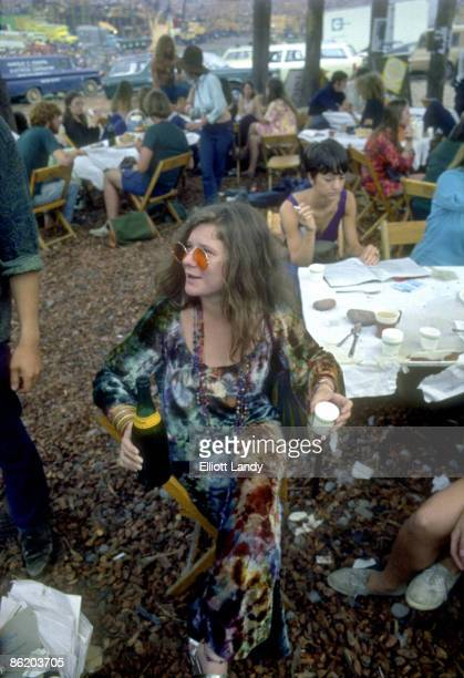 FESTIVAL Photo of WOODSTOCK and Janis JOPLIN Backstage at the festival