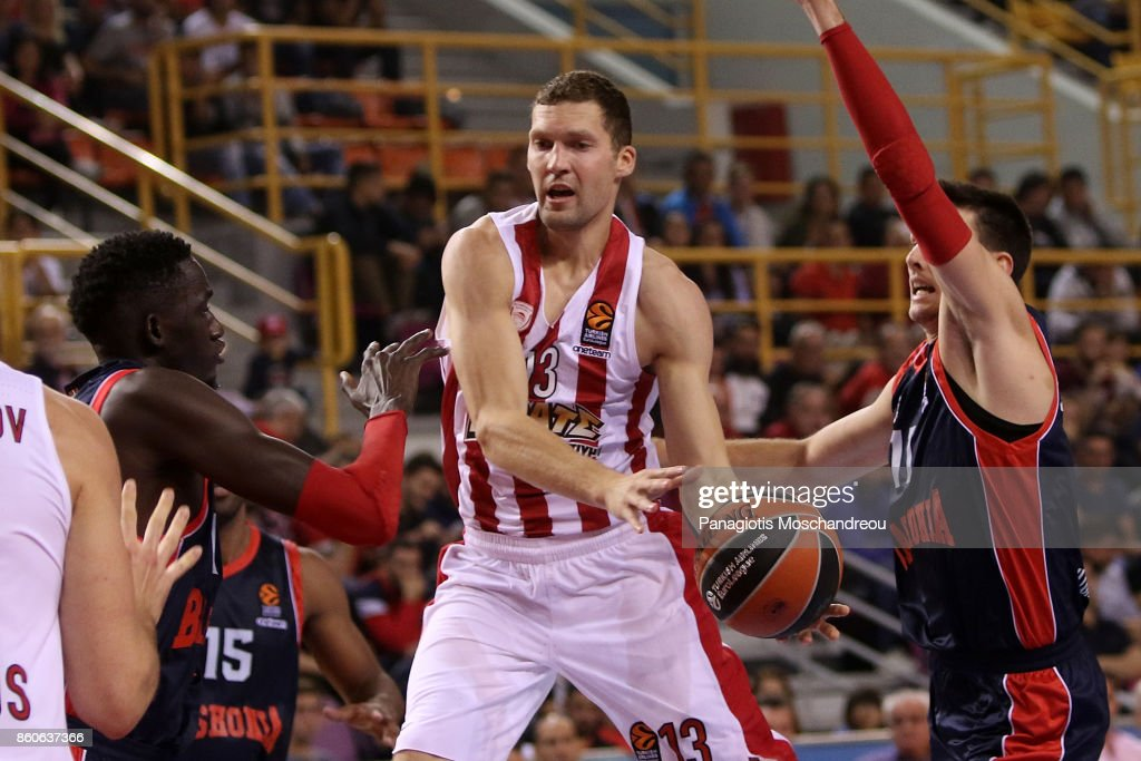 Janis Strelnieks, #13 of Olympiacos Piraeus in action during the 2017/2018 Turkish Airlines EuroLeague Regular Season Round 1 game between Olympiacos Piraeus v Baskonia Vitoria Gasteiz at Heraklion Arena on October 12, 2017 in Heraklion, Crete, Greece.