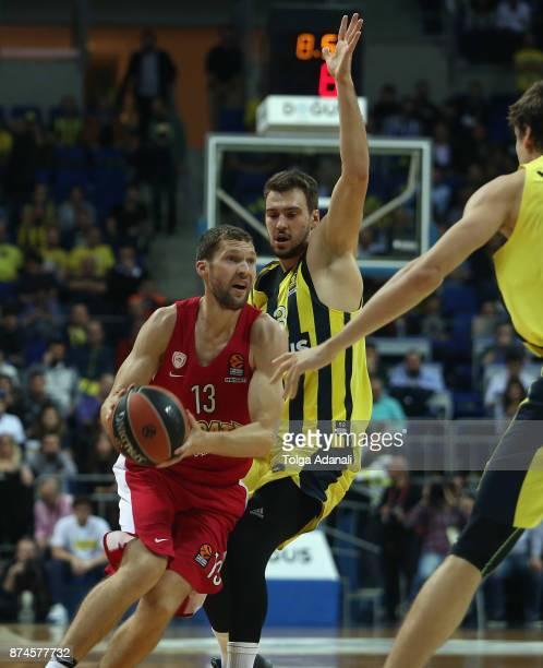 Janis Strelnieks #13 of Olympiacos Piraeus in action during the 2017/2018 Turkish Airlines EuroLeague Regular Season Round 7 game between Fenerbahce...