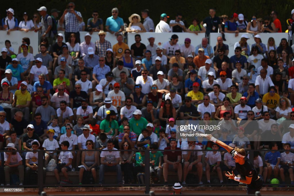 Jan-Lennard Struff of Germany serves during his match against Bernard Tomic of Australia on Day Two of The Internazionali BNL d'Italia 2017 at the Foro Italico on May 15, 2017 in Rome, Italy.