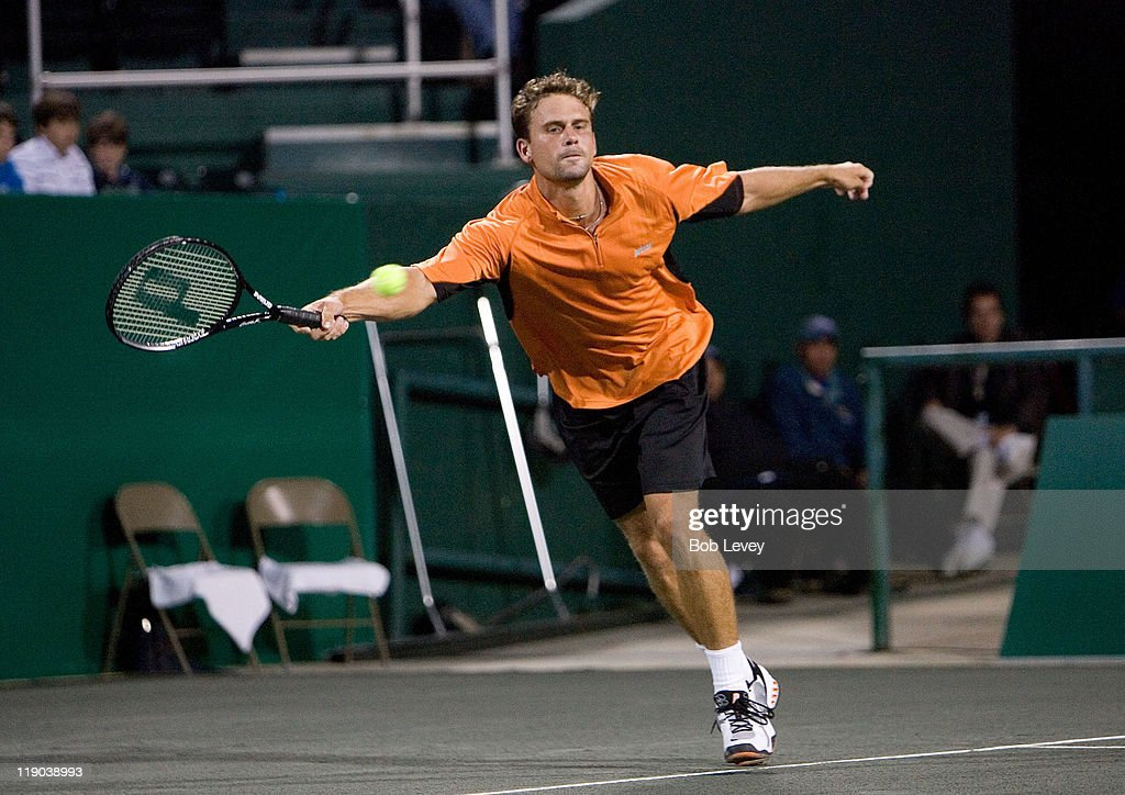 Mardy Fish reacts after being defeated by Mariano Zabaleta