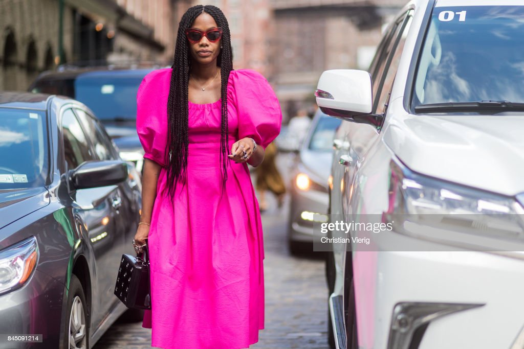 New York Fashion Week - Street Style - Day 3 : Photo d'actualité