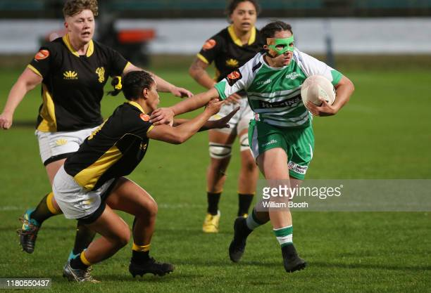 Janna Vaughan of Manawatu makes a break during the round 7 Farah Palmer Cup match between Manawatu and Wellington at Central Energy Trust Arena on...