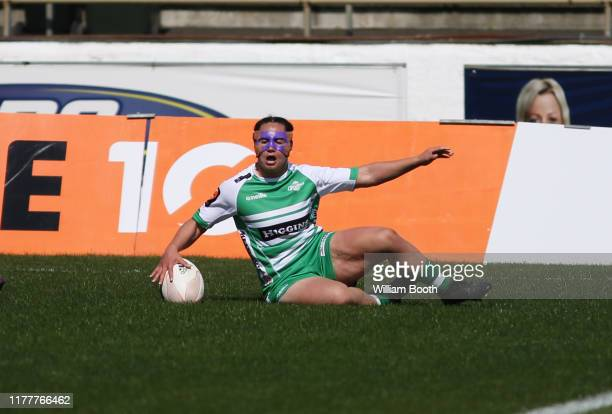 Janna Vaughan of Manawatu scores a try during the round 5 Farah Palmer Cup match between Manawatu and Auckland at Central Energy Trust Arena on...