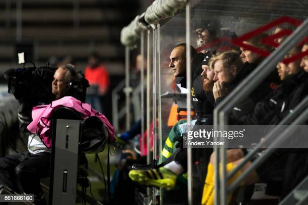 Janne Mian, head coach of IF Elfsborg looks on during the Allsvenskan match between IF Elfsborg and GIF Sundsvall at Boras Arena on October 15, 2017...