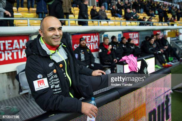 Janne Mian head coach of IF Elfsborg stretching his leg prior to the Allsvenskan match between IF Elfsborg and IFK Norrkoping at Boras Arena on...