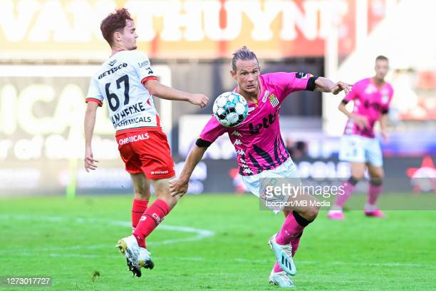 Jannes Van Hecke of Zulte battles for the ball with Guillaume Gillet of Charleroi during the Jupiler Pro League match between SV Zulte Waregem and...