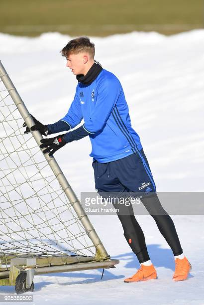 JannFiete Arp looks on during a the training session of Hamburger SV at Volksparkstadion on February 28 2018 in Hamburg Germany