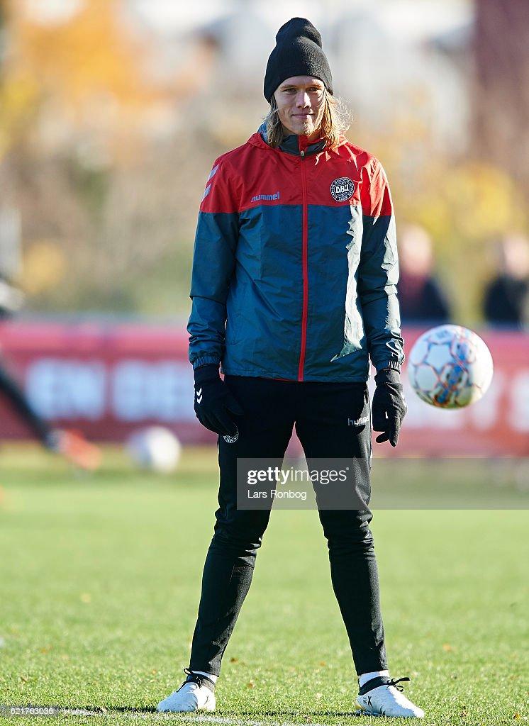 Jannik Vestergaard looks on during the Denmark training session at Gelsingor Stadion on November 8, 2016 in Helsingor, Denmark.