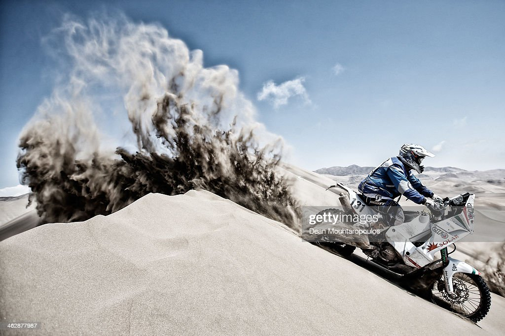 Janos Desi of Hungary for KTM Arrabona MSE competes in stage 9 during Day 10 of the 2014 Dakar Rally on January 14, 2014 in Iquique, Chile.
