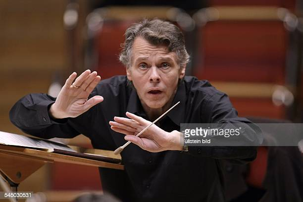 Jansons Mariss Musician Conductor Latvia performing in Cologne Germany Philharmonie