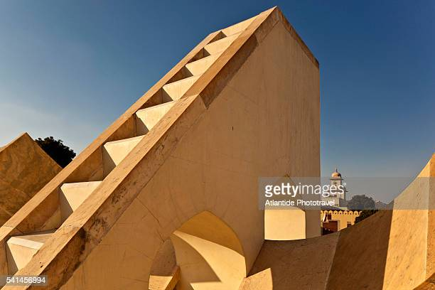 jantar mantar, the astronomical observatory - jantar mantar stock pictures, royalty-free photos & images