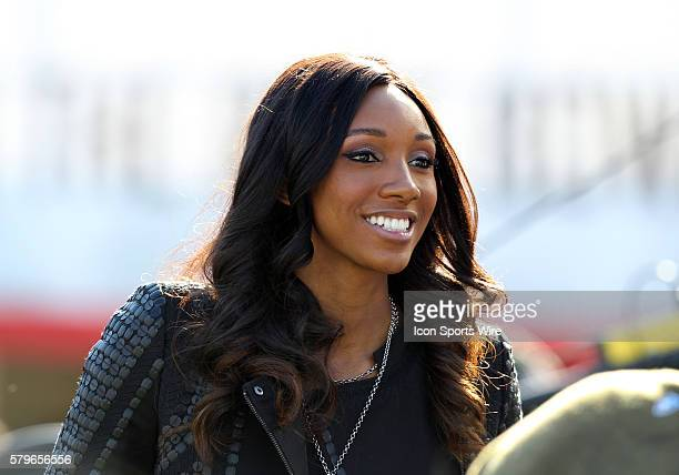 ESPN sideline reporter Maria Taylor before the Rose Bowl game of Stanford versus Iowa at the Rose Bowl in Pasadena CA