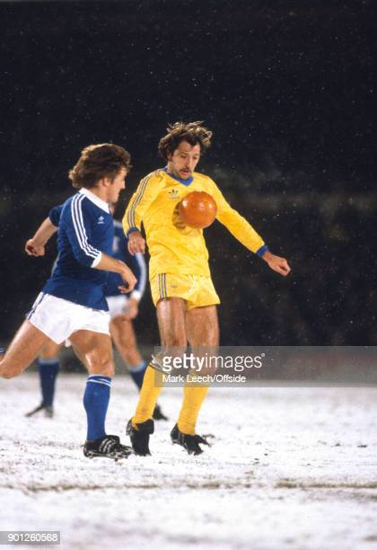 Football League Division One Ipswich Town v Birmingham City Frank Worthington of Birmingham controls the orange ball during a blizzard