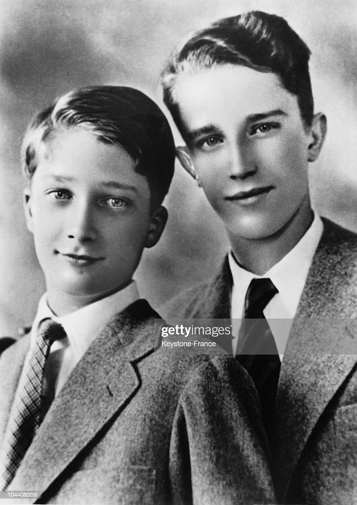 Princes Baudouin And Albert Of Belgium In 1948 : News Photo