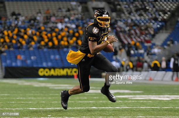 East Quarterback Terrelle Pryor of Jeannette PA runs for a touchdown in The US Army AllAmerican Bowl at the Alamodome in San Antonio Texas The East...