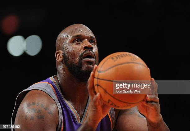 Phoenix Suns Vs New York Knicks at Madison Square Garden Suns Shaquille O'Neal takes a foul shot in the first half