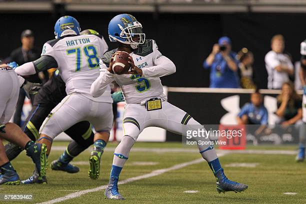 Team Highlight quarterback Deondre Francois delivers a pass during the 2015 Under Armour AllAmerica Game at Tropicana Field in St Petersburg Florida