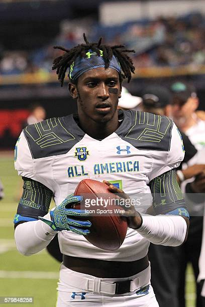 Team Highlight wide receiver Da'Vante Phillips during the 2015 Under Armour AllAmerica Game at Tropicana Field in St Petersburg Florida
