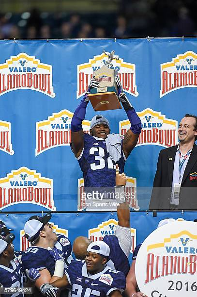 promo code 28bc6 b0c00 Travin Howard Premium Pictures, Photos, & Images - Getty Images