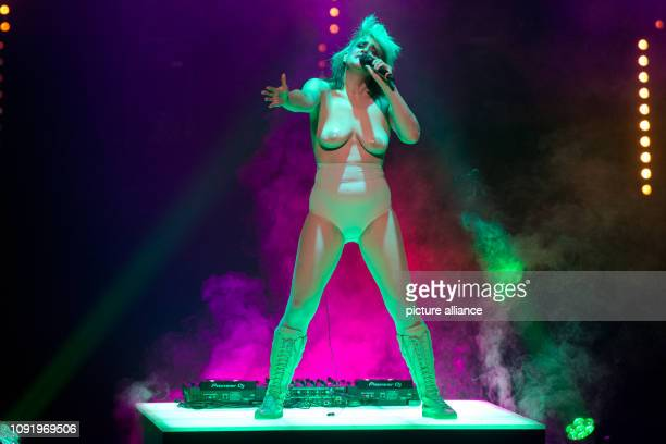 29 January 2019 BadenWrttemberg Stuttgart The performance artist Peaches sings in a rehearsal for a new production of The Seven Deadly Sins The...